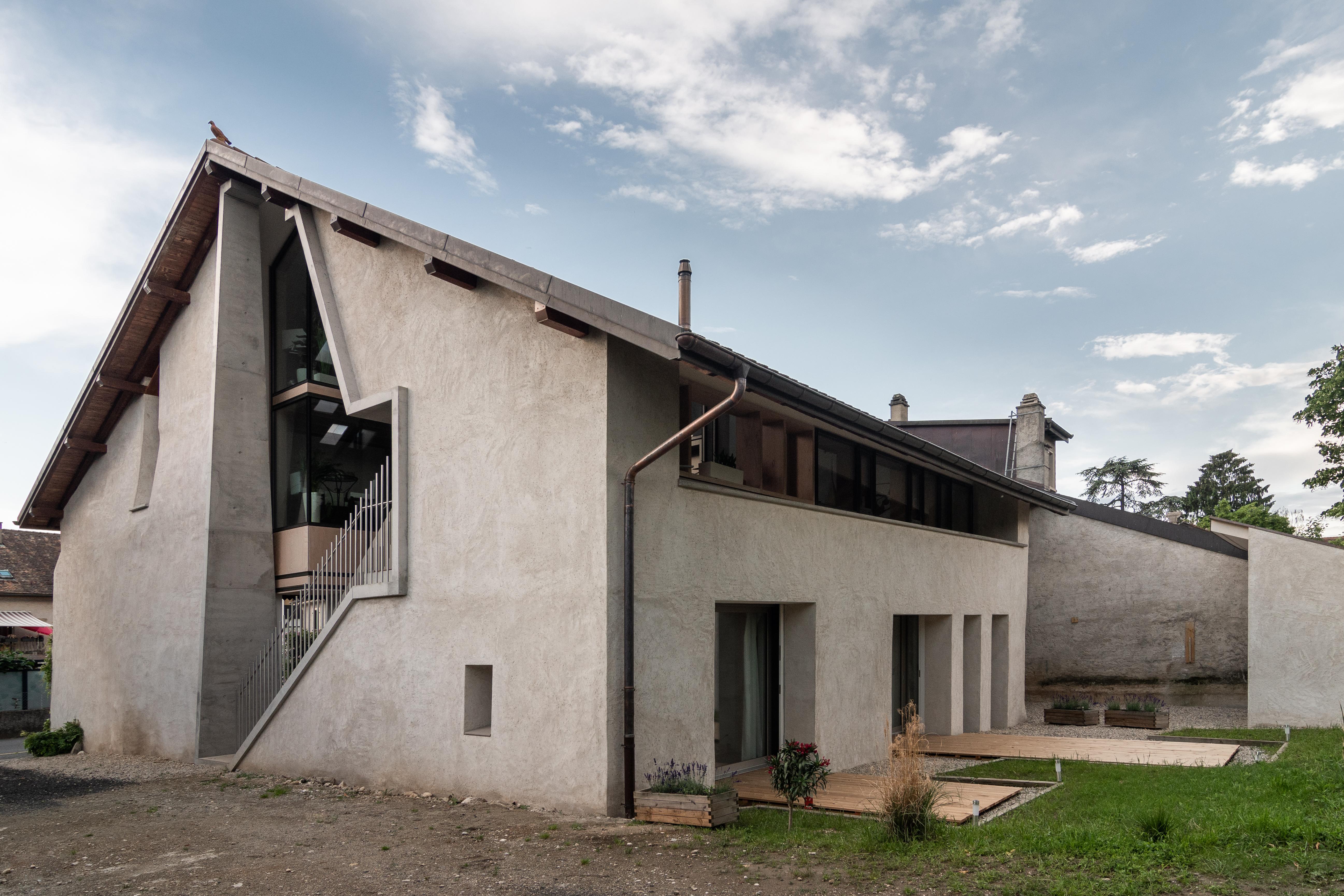 Reconversion d'une ancienne grange en 2 appartements à Gland - Vidéo RTS